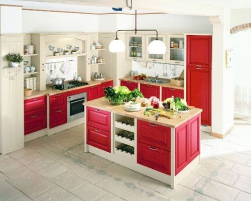 Colori pareti pitturare interni cucina rossa e beige | Cucine ...