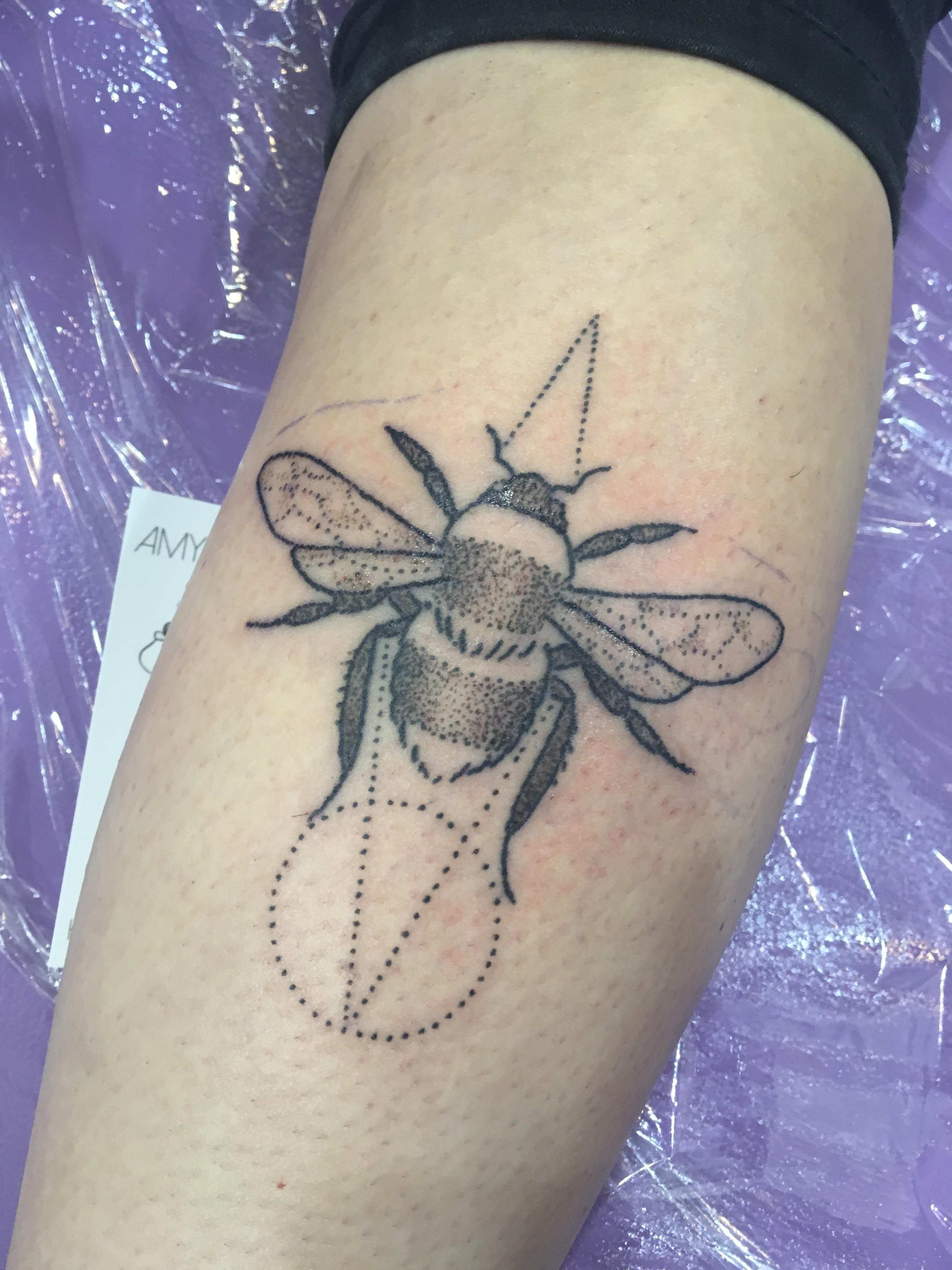 9dc21642c Hand-poked geometric bee by Amy Unalome at Empire Tattoo in Melbourne  Australia
