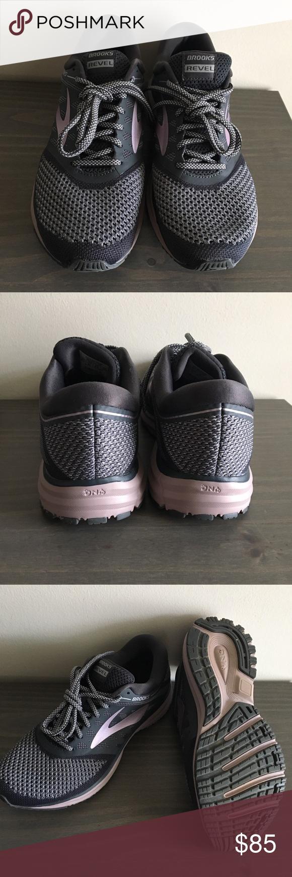 Brooks Revel women's running shoe Gray