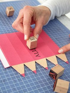 kreative geschenkverpackung zum schulanfang kinder pinterest schule schulanfang und. Black Bedroom Furniture Sets. Home Design Ideas