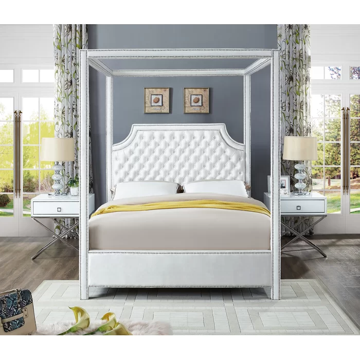Emet Upholstered Canopy Bed Meridian Furniture Queen Canopy Bed Contemporary Bed