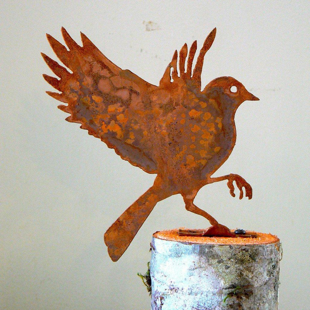 Elegant Garden Design Handmade /Rusted Steel Flying Bluebird ...