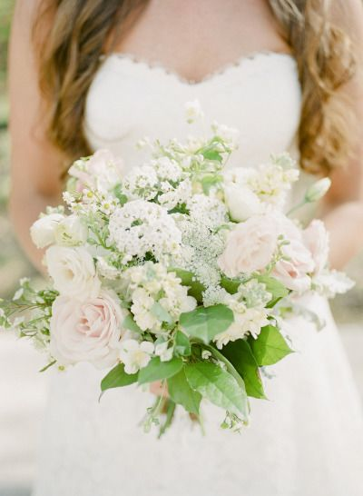 Soft and sweet wedding bouquet: http://www.stylemepretty.com/tennessee-weddings/memphis/2014/09/25/blush-pink-chic-downtown-memphis-wedding-at-409-south-main/ | Photography: Ashley Upchurch - http://ashleyupchurchphotography.com/