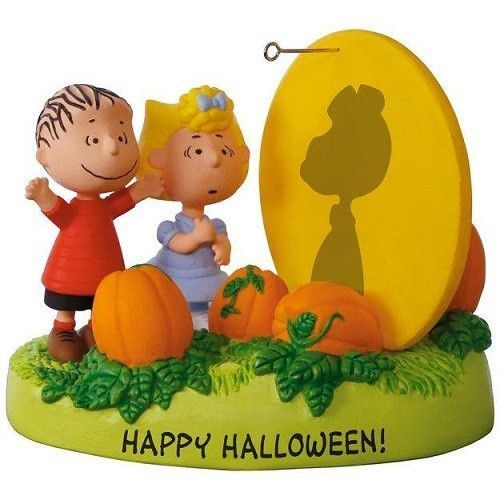 PEANUTS The Great Pumpkin Rises Sound Ornament With Light