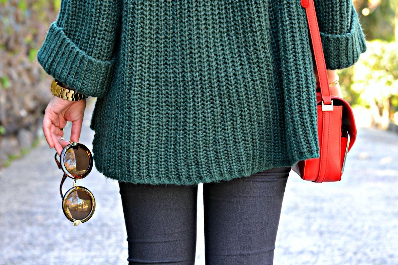 tronchetti-neri-borsa-zara-rossa-maculata-jeans-grigi-maxi-poul-fashion-blogger-outfit-