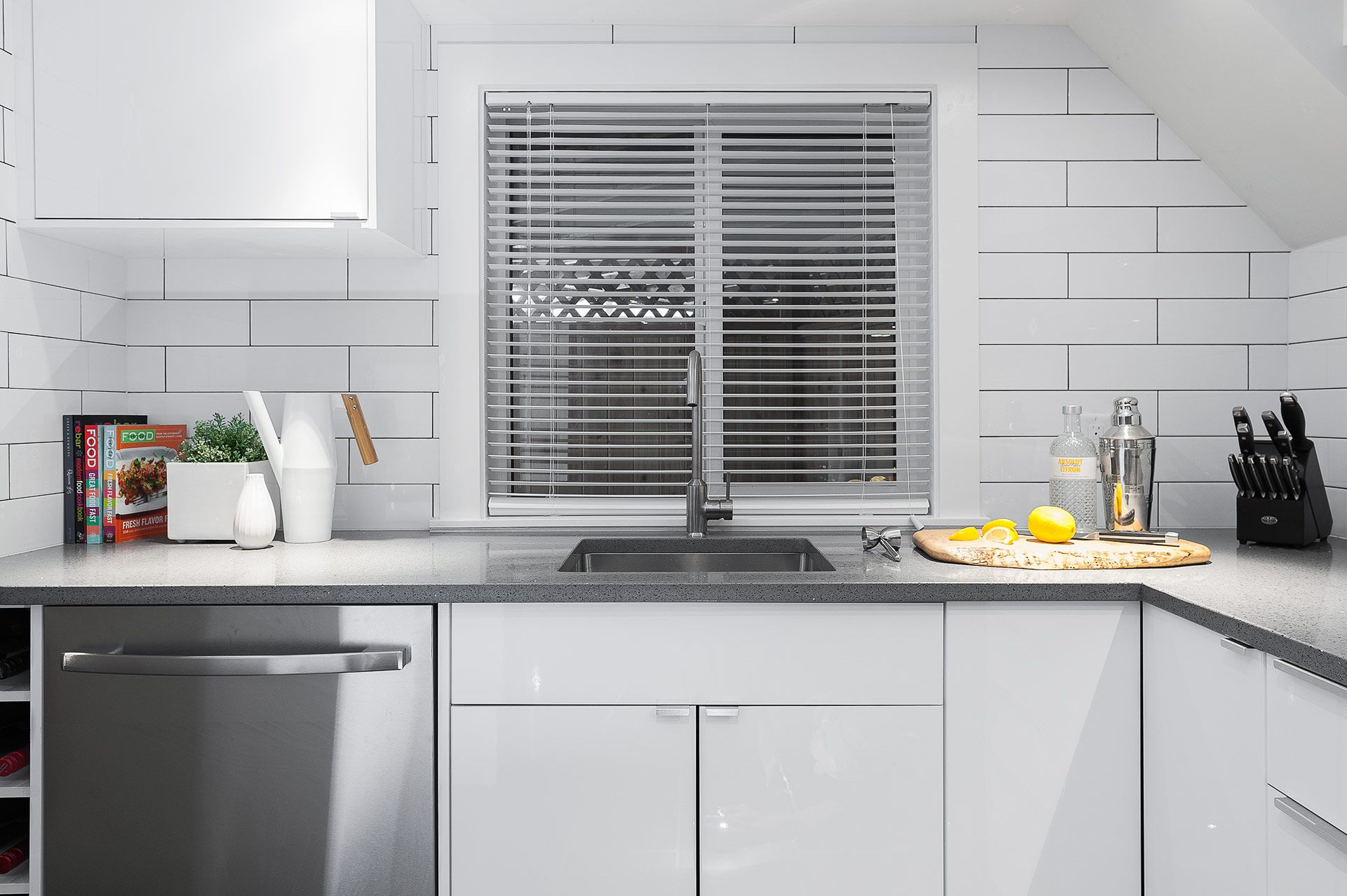 Awesome Bit Kitchen Mold - Kitchen Cabinets | Ideas & Inspiration ...