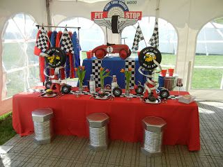 setting the mood race theme party car racing theme. Black Bedroom Furniture Sets. Home Design Ideas
