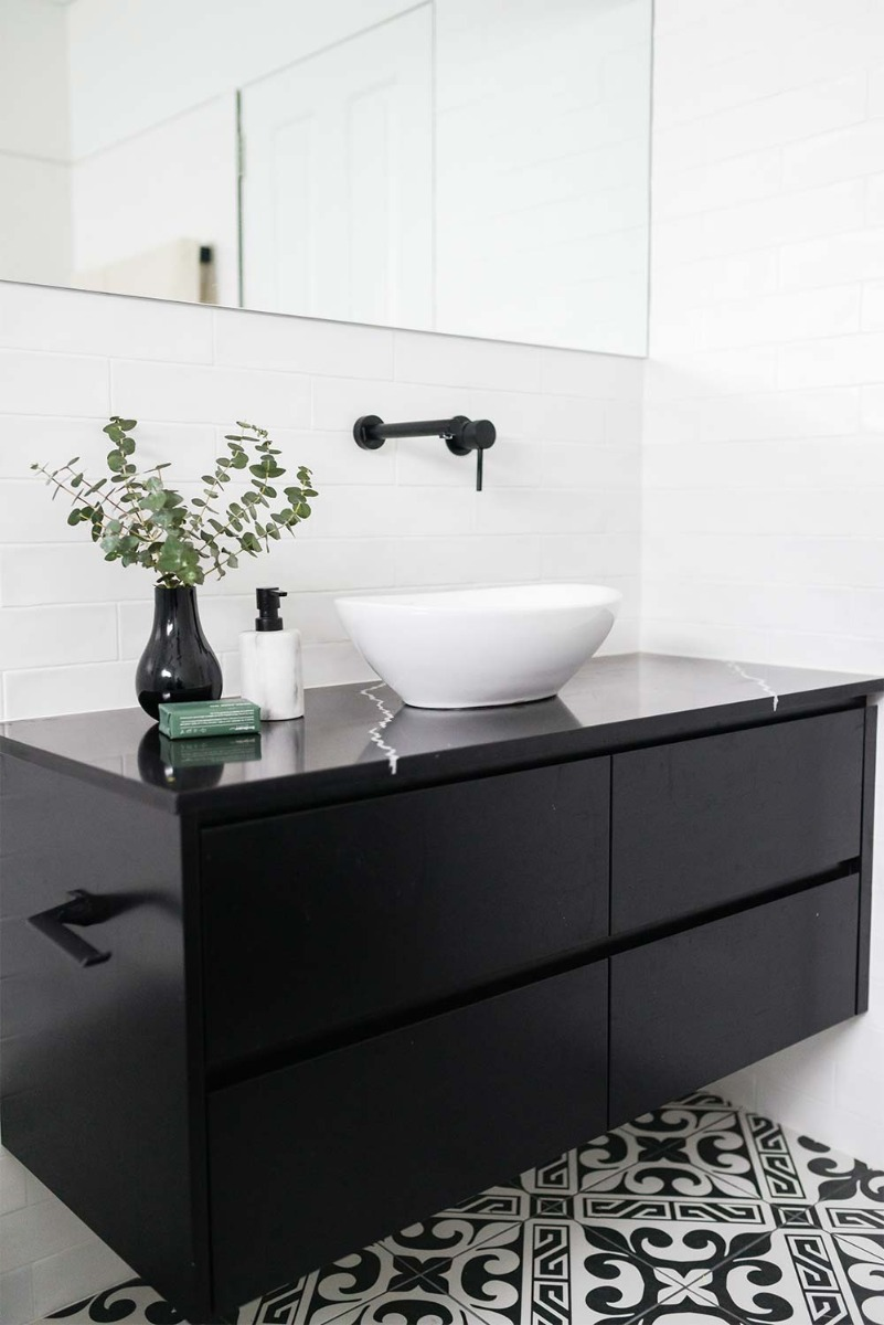 Modern Take On a Black & White Bathroom and Laundry (With ...