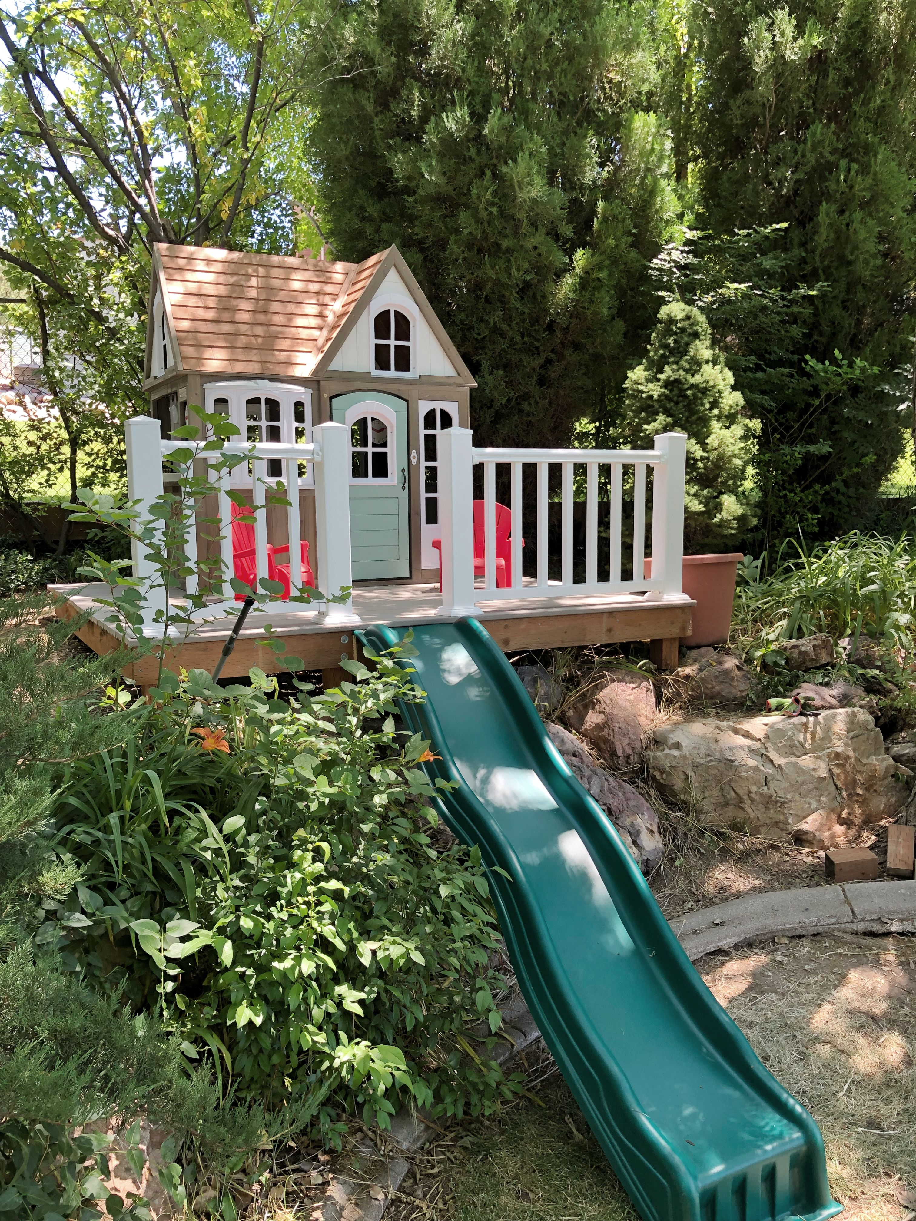 My Costco Outdoor Playhouse Hack and platform terrace ...