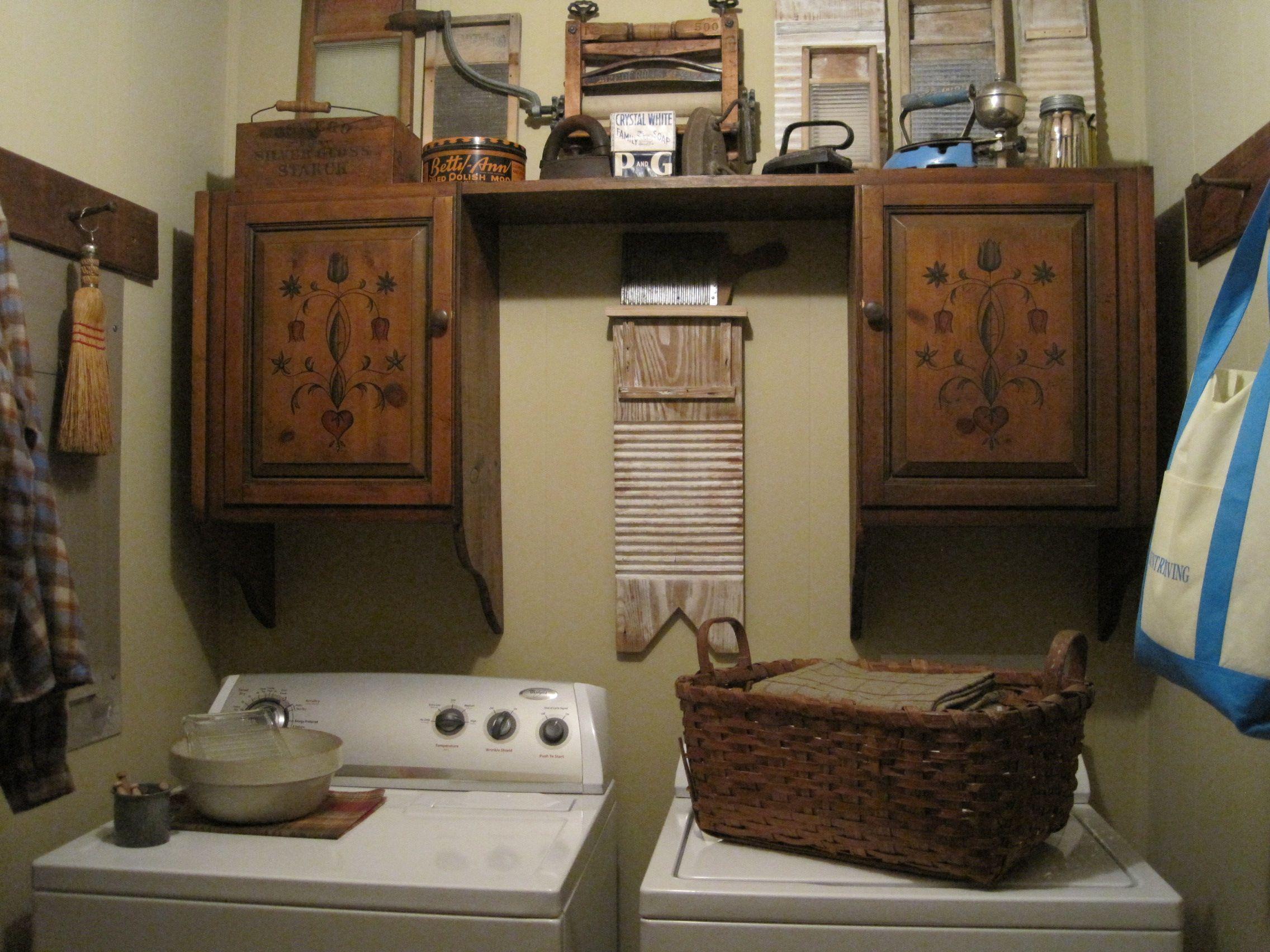 Primitive Laundry Room Decor