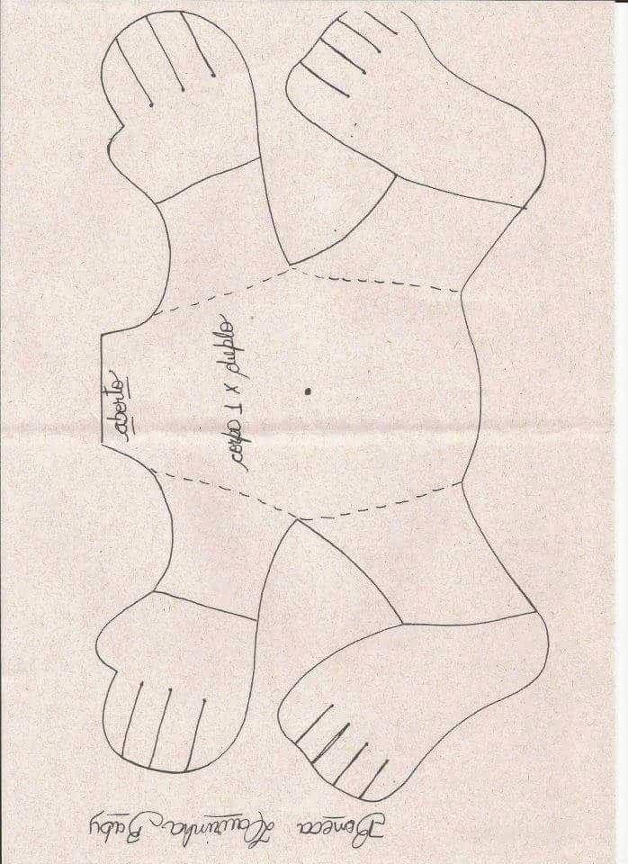 patron cuerpo de niña bebé con pañales
