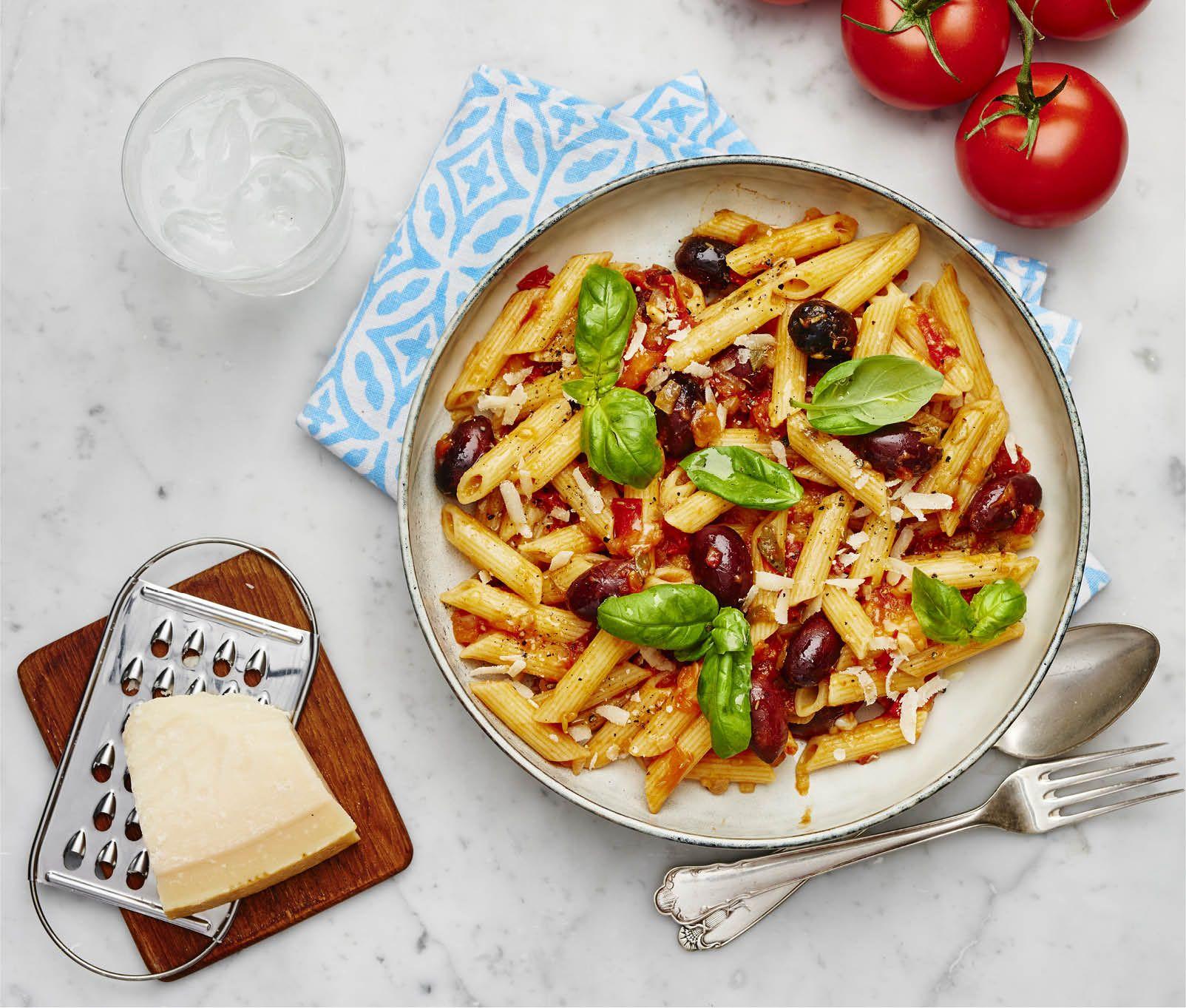 pasta med tomatsås recept