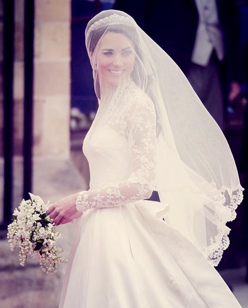 Kate Middleton Wedding Veil With Beautiful Lace Edges