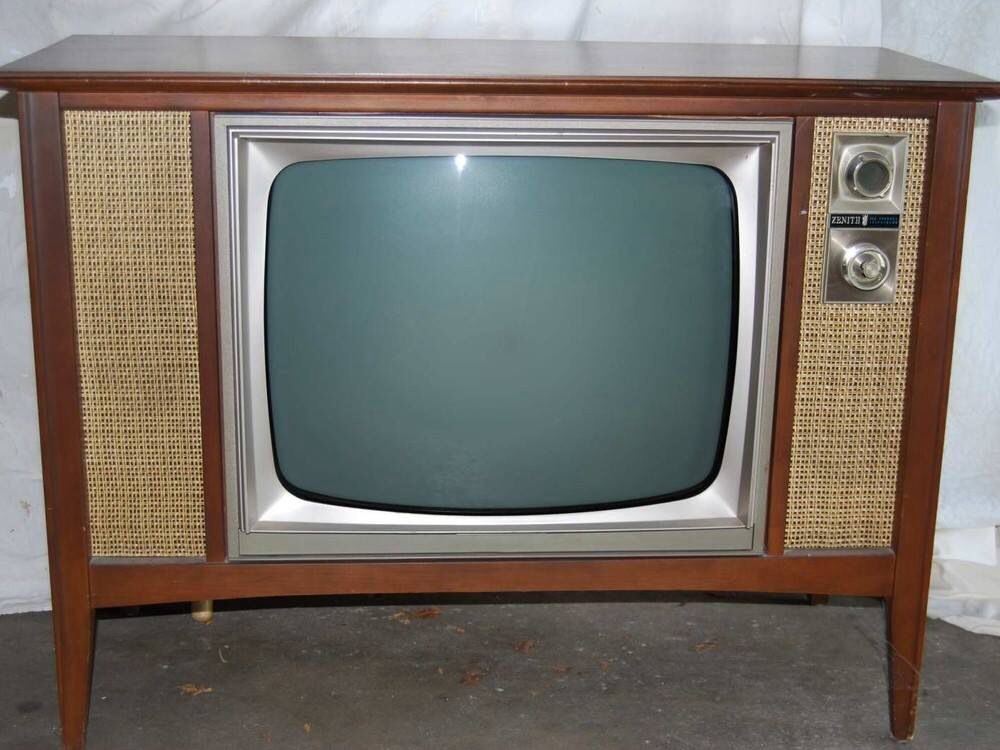 Old Zenith Tv We Had One Of These Growing Up Old School Stuff