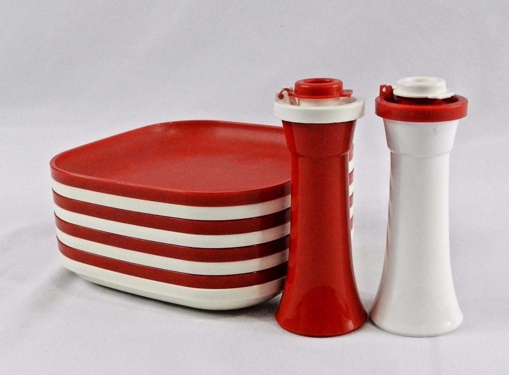 Vtg Tupperware Mini Salt Pepper Shakers Red White Sm Snack Plates