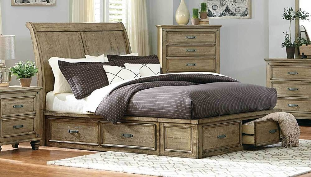 TRANSITIONAL DRIFTWOOD FINISH SLEIGH PLATFORM QUEEN BED WITH DRAWER
