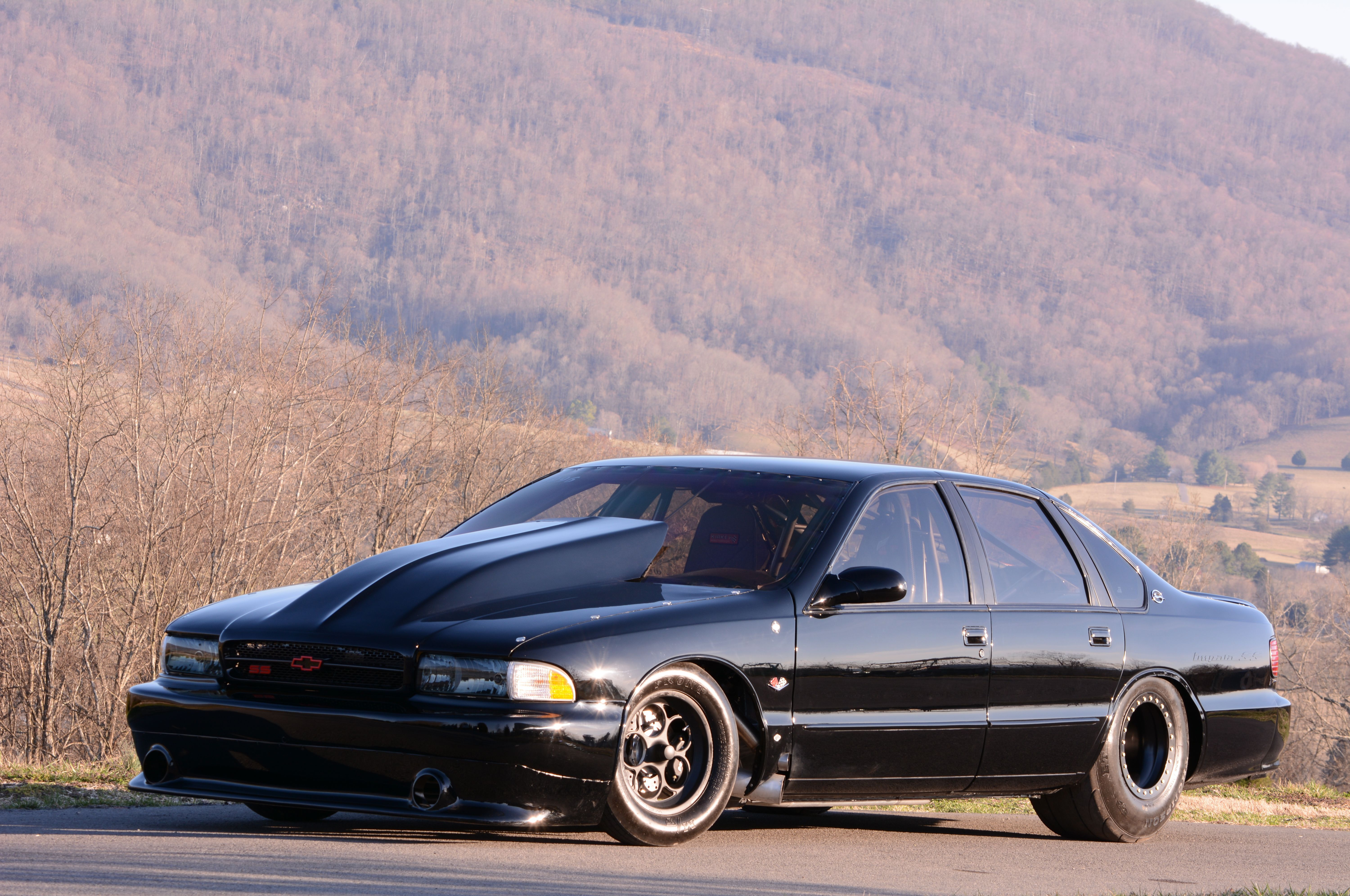 Rick Wetherbee s bad in black 1996 Chevrolet Impala SS is an Outlaw