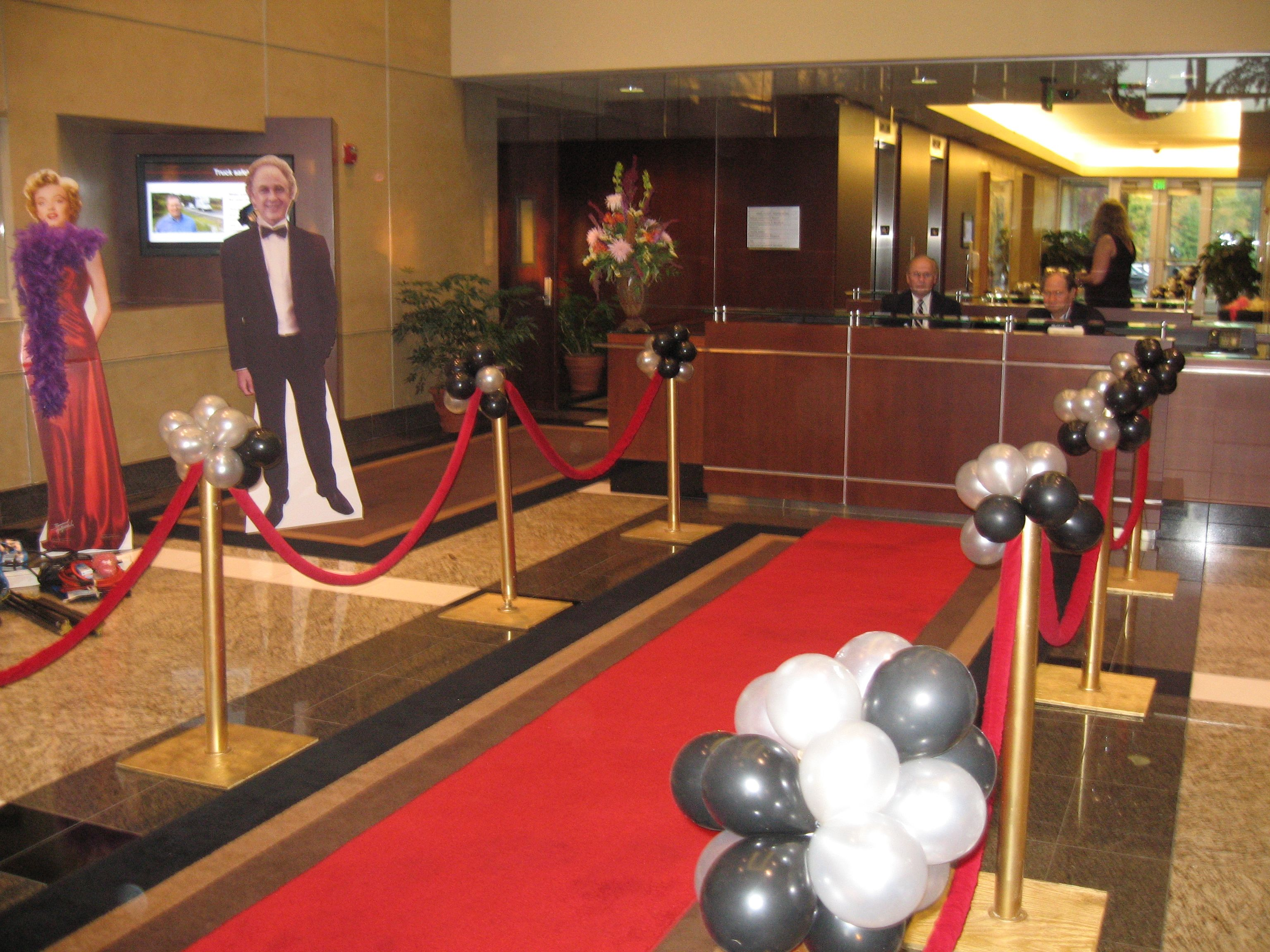 Red carpet for idea for Hollywood Oscar event looks pretty classy