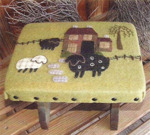 primitive wool applique patterns   Primitive Folk Art Wool Applique Pattern: OLD FARMSTEAD in the MEADOW