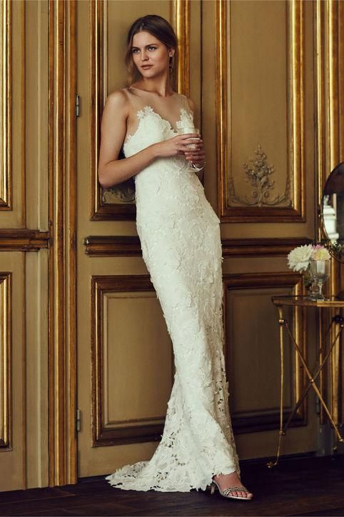Hunting for a wedding dress for a beach wedding? Oh my goodness, you must click now -- BHLDN spring 2016 has so many perfect dresses! Come to see crop tops, lace, crochet, and more breezy gowns.