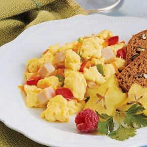 Shake and Scramble Recipe-kids can help with the shaking