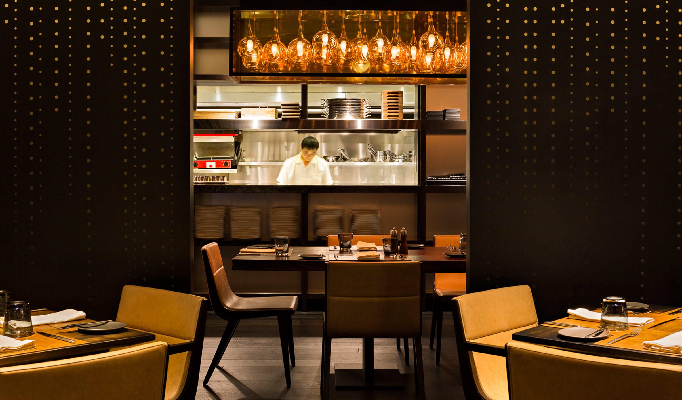 EDG Interior Architecture And Design Serves Up A Sleek And Homey Dining  Environment For Patrons Visiting The Recently Revamped Flint Grill And Bar  At The JW ...