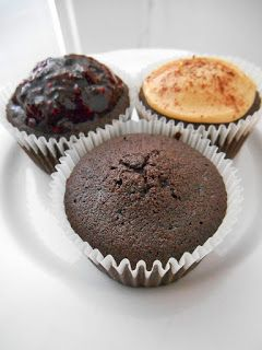 Ms Poppy Goes Healthy: chocolate cupcakes, gluten-free, dairy-free, chia jam frosting, peanut butter & cinammon