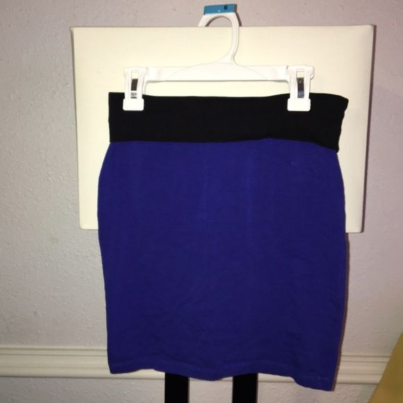 Forever 21 skirt Super cute summer dress, in excellent condition basically brand new, Never worn Forever 21 Skirts Mini