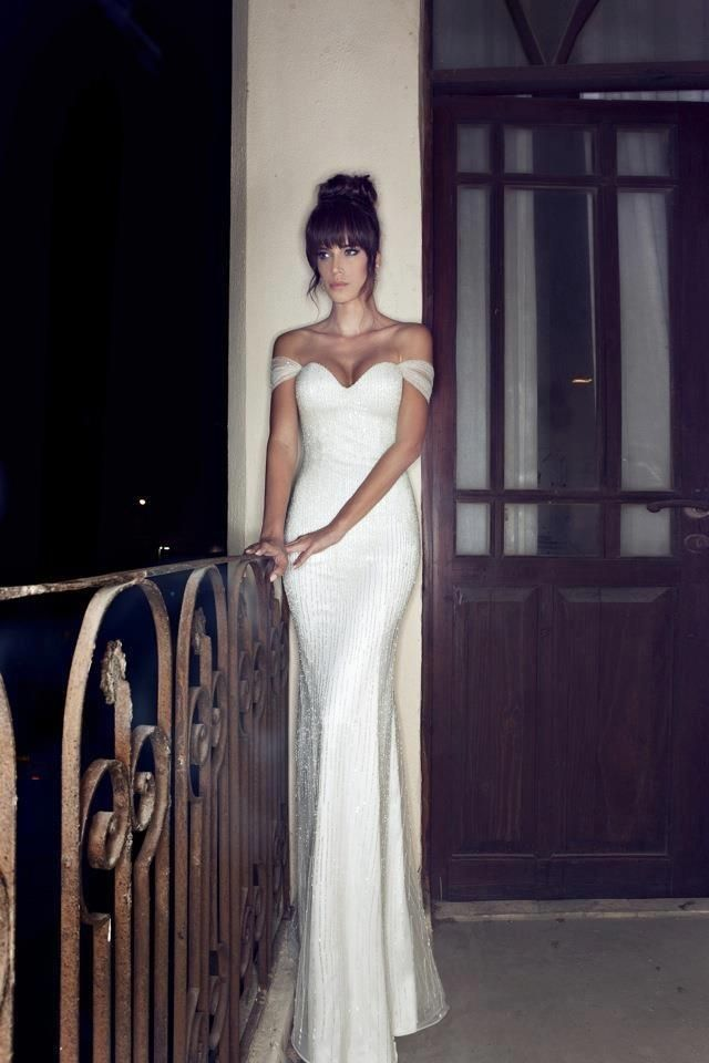20 of the Sweetest Off-the-Shoulder Wedding Dresses - MODwedding ...