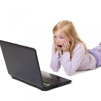 Los Riesgos De Internet Y Las Redes Sociales Para Los Niños Tech Savy Internet Disastrous