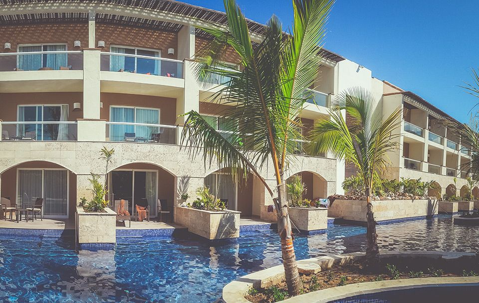 Royalton Punta Cana Swim Up Rooms Royalton Punta Cana Resorts Royalton Punta Cana Trips To Dominican Republic