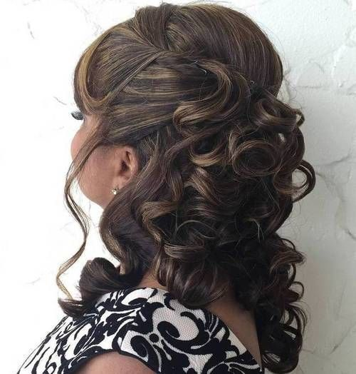 40 Stylish Long Hairstyles For Older Women Hair Styles Older Women Hairstyles Long Hair Styles