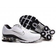 Nike Shox R4 white black white