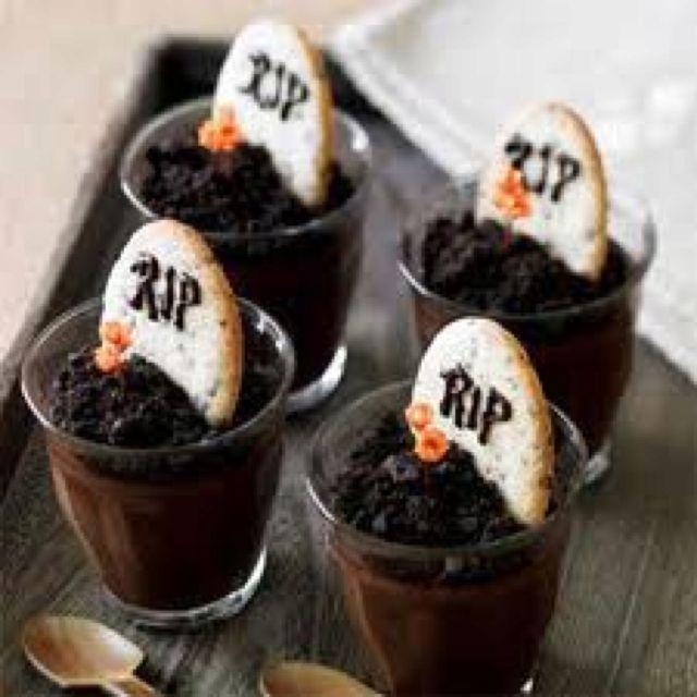 Edible Tombstone | Halloween Party Ideas | Pinterest | Graveyard ...