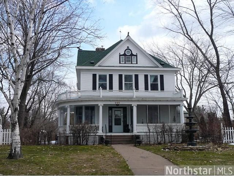 220 Summit Ave Center City Mn 55012 Zillow Victorian Homes