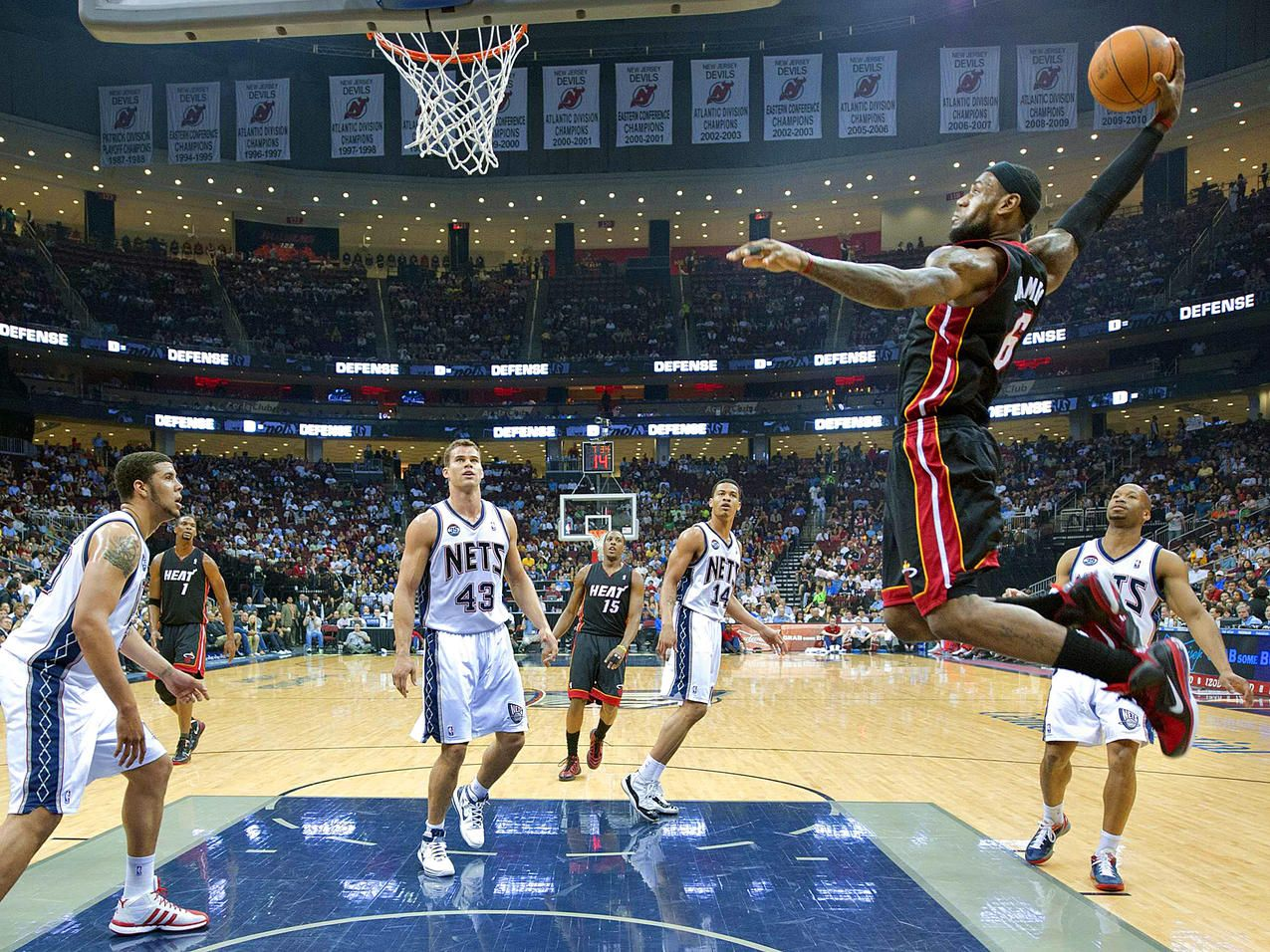 lebron james dunk pictures 2012 hd Vertical jump
