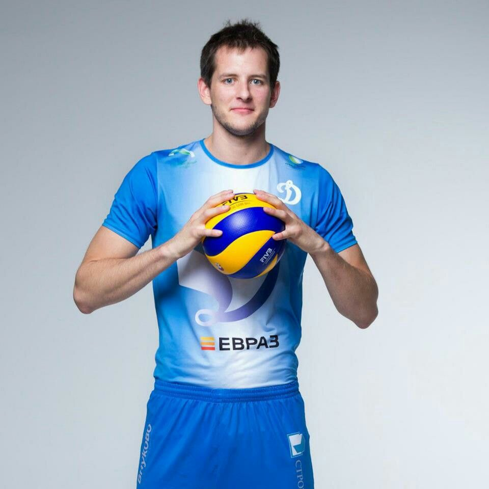 Pin By Pics Of Volleyball On The Best Spiker Of Volleyball Mens Volleyball Sports Stars Sports