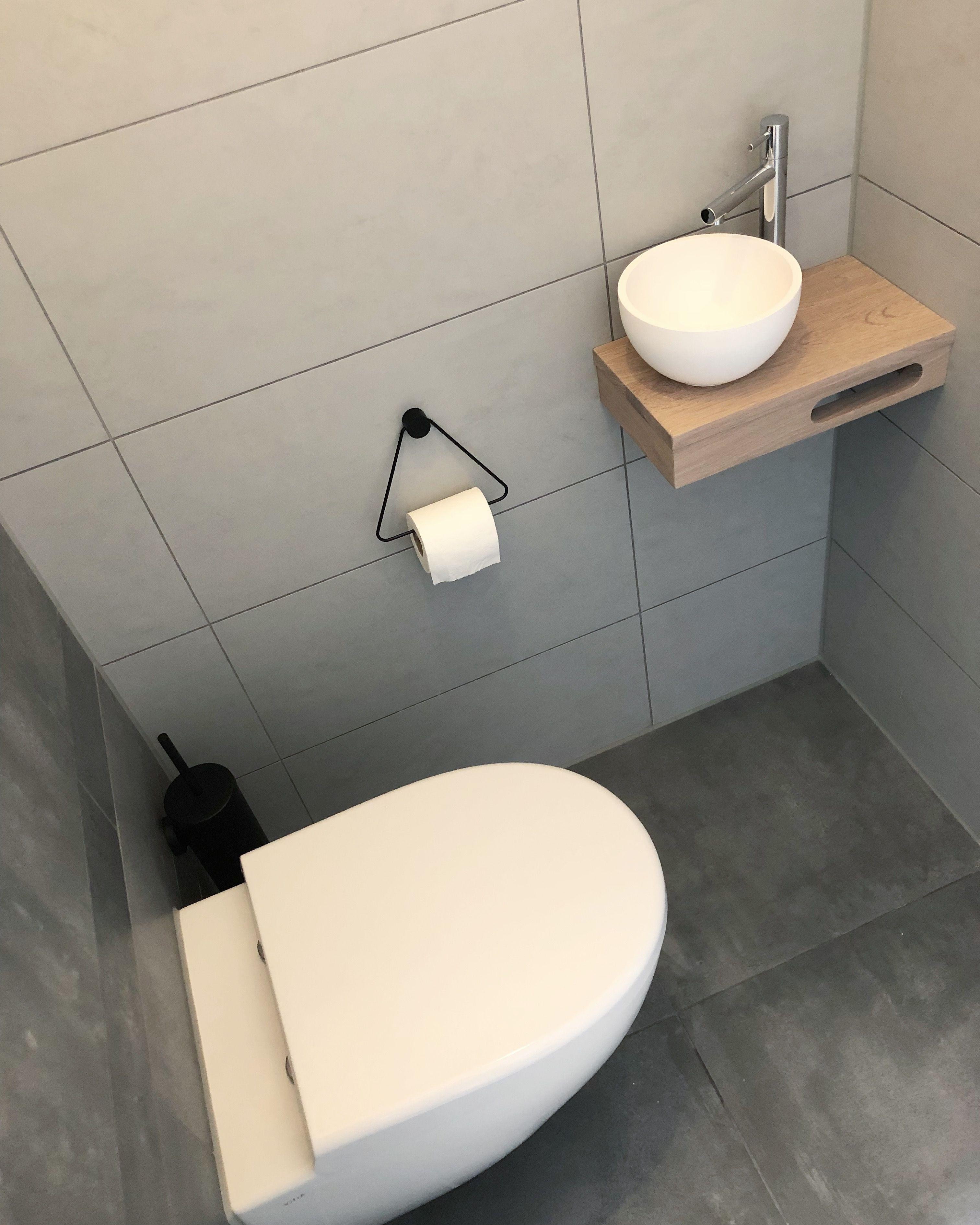 Toilet Wasbak Met Hout.Toilet Met Waskom Op Houten Plank In 2019 Badkamerideeen
