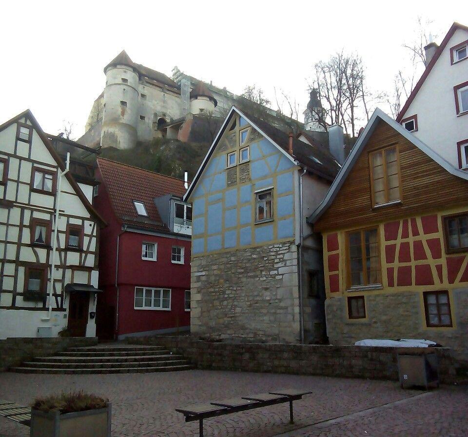 Hintere Gasse mit Blick aufs Schloss Württemberg, Baden