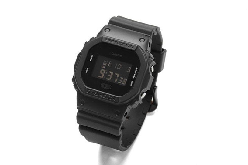 G-SHOCK x URBAN RESEARCH 全黑別注版 DW-5600