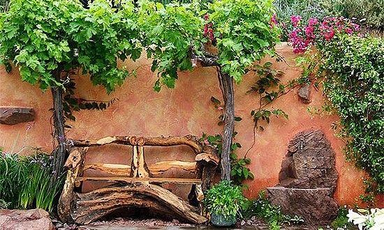 te damos ideas de decoracin de jardines rsticos para que las apliques a tu diseo exterior estos jardines vintage nos espacios de relax