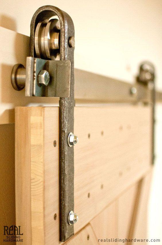 Puerta corrediza puerta corredisa pinte for Puertas corredizas de metal