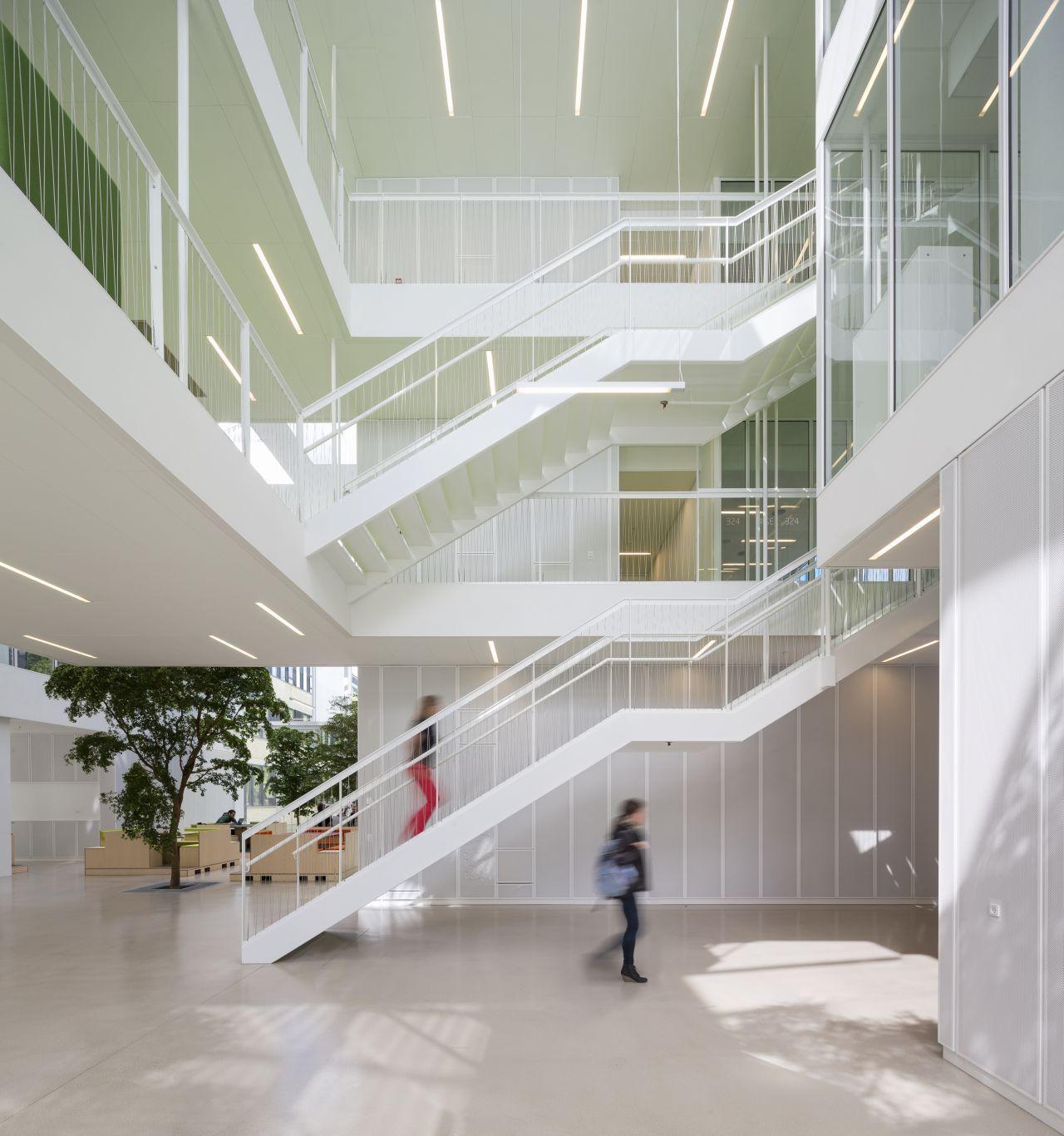 Complexo de Pesquisa e Ensino - DTU Compute / Christensen & Co Architects © Adam Mørk