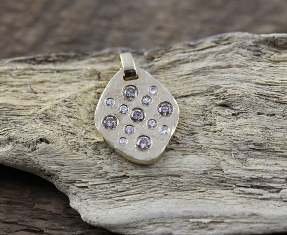 18K Yellow Gold Pendant with Chocolate and White Round Diamonds