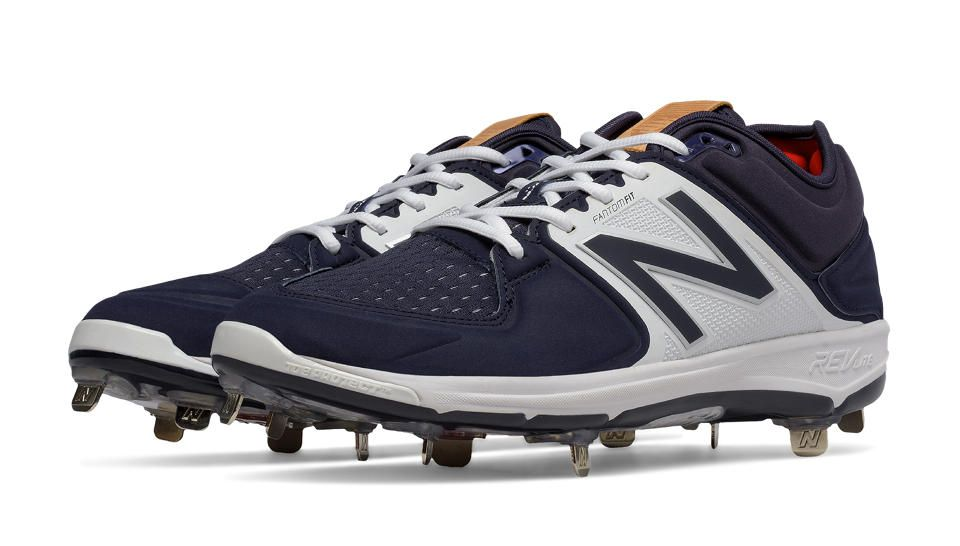 Low-Cut 3000v3 Metal Cleat, Navy with White