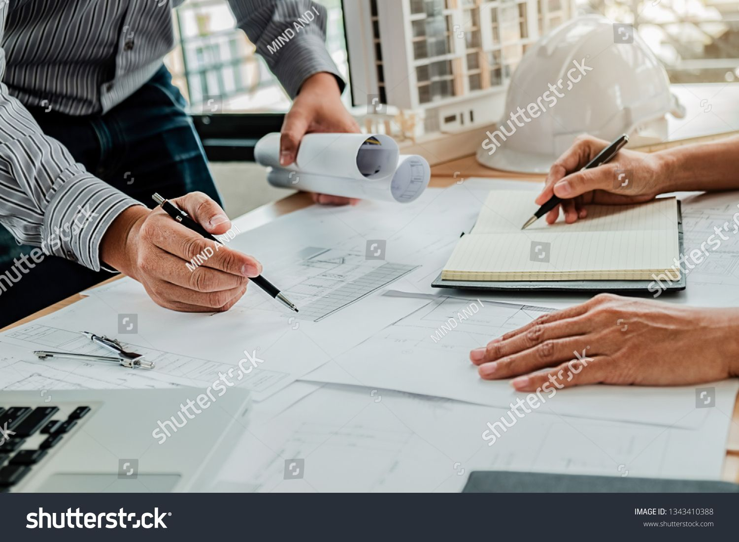 Architect Engineer Design Working On Blueprint Planning Concept Construction Concept Sponsored Affiliate Design Working Creative Resume Templates Design