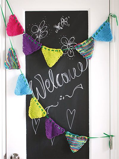 Free Knit Pattern Download This Knitted Party Banner Designed By