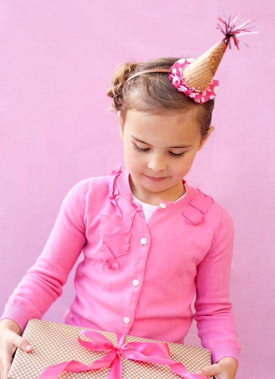 cd6f0d471ddee Cómo hacer una graciosa diadema para una fiesta helado