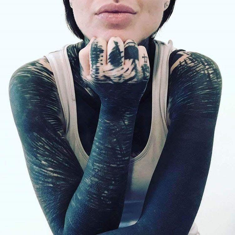 10+ Amazing Brutal black tattoo project ideas