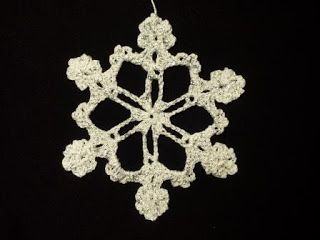 fiocco di neve di Natale - snow flake crocheted for Christmas decoration